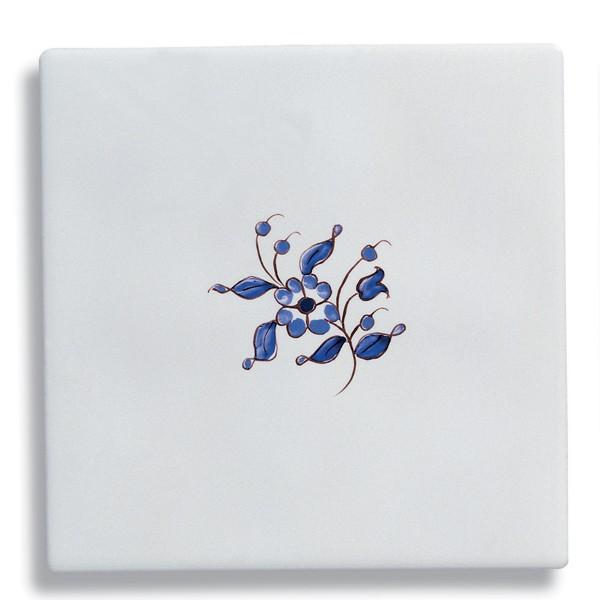 Carrelage mural en fa ence comtesse d cor moustier bleu for Carrelage faience bleu